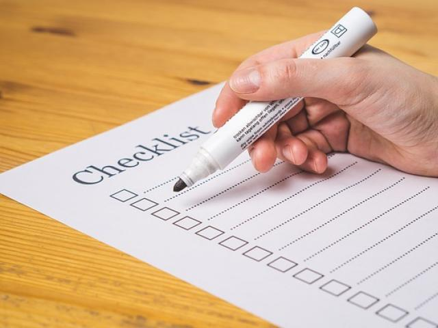 A person preparing to create a checklist
